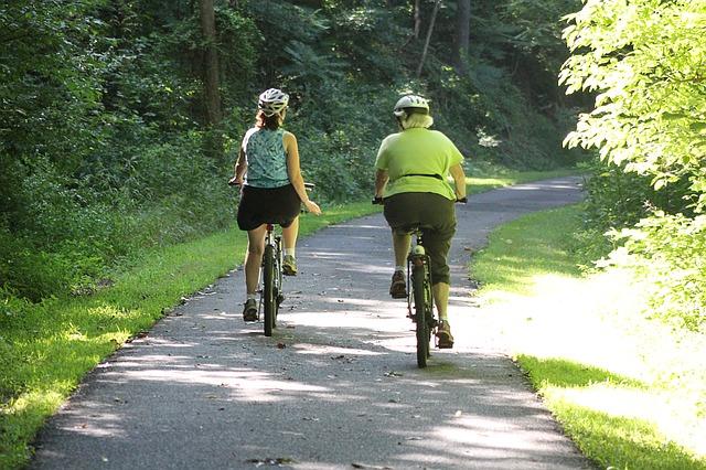 ženy na kolech.jpg